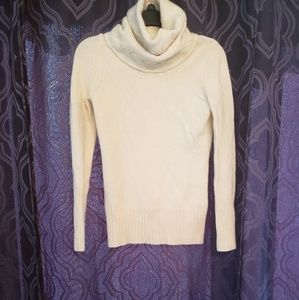 6$ Banana Republic cable knit cowl neck sweater